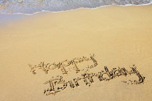 happy_birthday_in_sand_188895